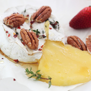 Baked Cheese with Honey, Thyme and Pecans